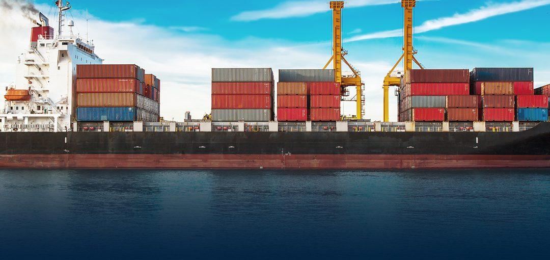 La marina local sólo transporta el 2% de la carga fluvial del país